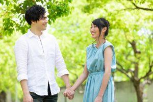 婚活イベントで話題が続かない!初対面で盛り上がる会話術の基本について